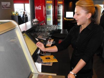 vendéglátó szoftver kávézóba kávézó szoftver kávézó program kávézó elszámoltató rendszer vendéglátó program éttermi szoftver éttermi program pincér program vendéglátóipari rendszer étterem szoftver